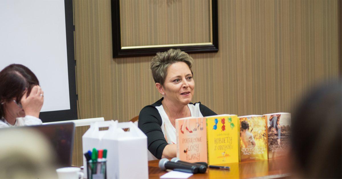 """Izabella Frączyk – """"Jak zostać pisarką?"""" Część 2"""